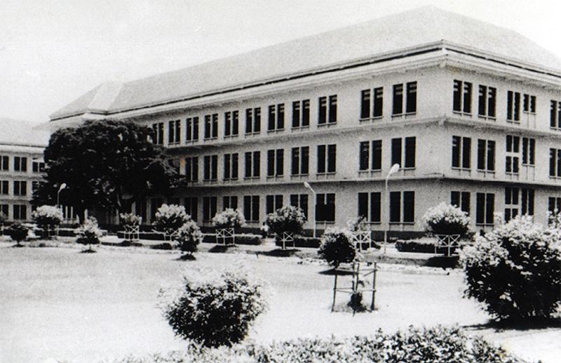 ตึกวิศวกรรมศาสตร์ 3 ในอดีต